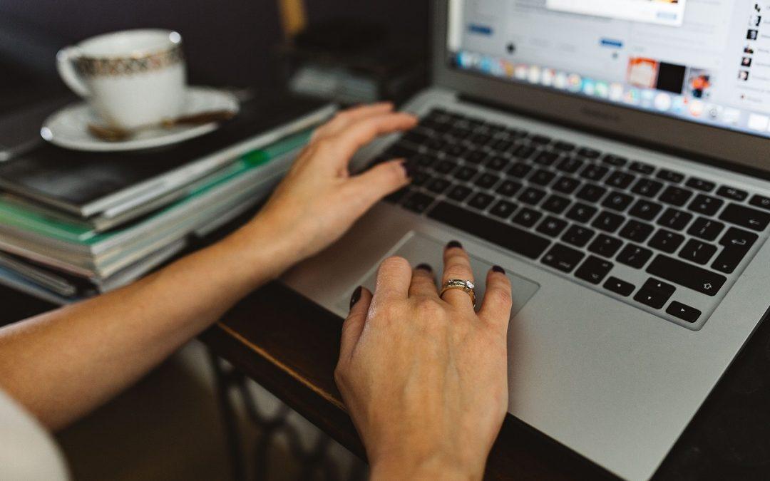 Mit csinál egy jogi virtuális asszisztens?